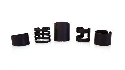 Σετ από 5 μαύρα δαχτυλίδια