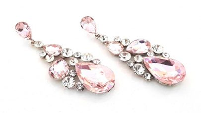 Ενυπωσιακά σκουλαρίκια με ροζ χάντρες