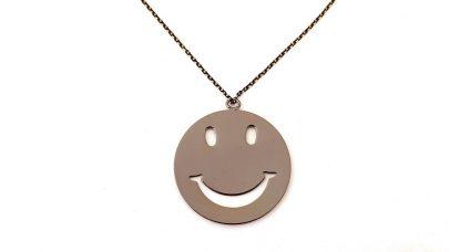 Μακρύ κολιέ με χαμογελαστό πρόσωπο