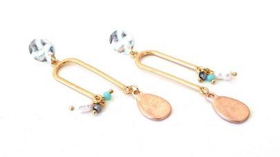 Κρεμαστά σκουλαρίκια με χάντρες και πέρλες