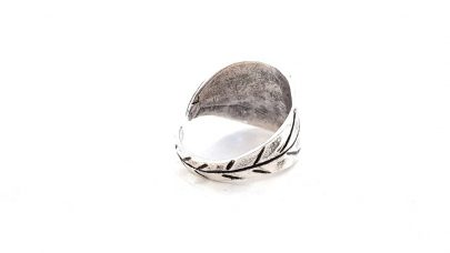 Μπρούτζινο χυτό δαχτυλίδι
