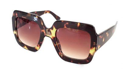 Γυαλιά ηλίου με τετραγωνισμένο σκελετό
