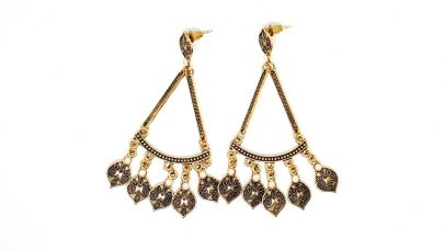 Κρεμαστά σκουλαρίκια σε έθνικ στυλ