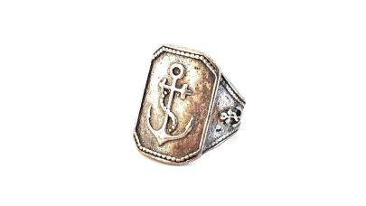 Ανδρικό δαχτυλίδι με άγκυρα