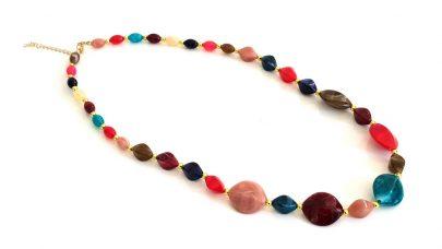 Κολιέ με πολύχρωμες πέτρες