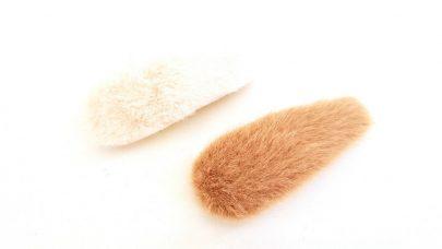 Κλιπ μαλλιών με γουνάκι