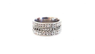 Ατσάλινο δαχτυλίδι με αλυσίδα