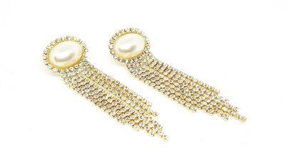 Κρεμαστά σκουλαρίκια με πέρλες και στρας