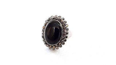 Δαχτυλίδι με μαύρη πέτρα
