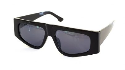 Sunglasses with wide arms