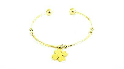 Steel bracelet with four-leaf clover