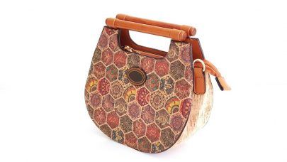 Τσάντα από φελλό με ξύλινα χερούλια
