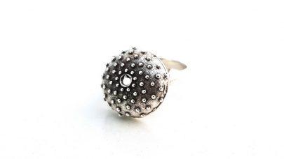 Δαχτυλίδι σε σχήμα αχινού