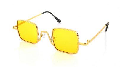 Γυαλιά ηλίου με τετράγωνους φακούς