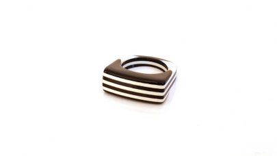 Πλαστικό pop δαχτυλίδι